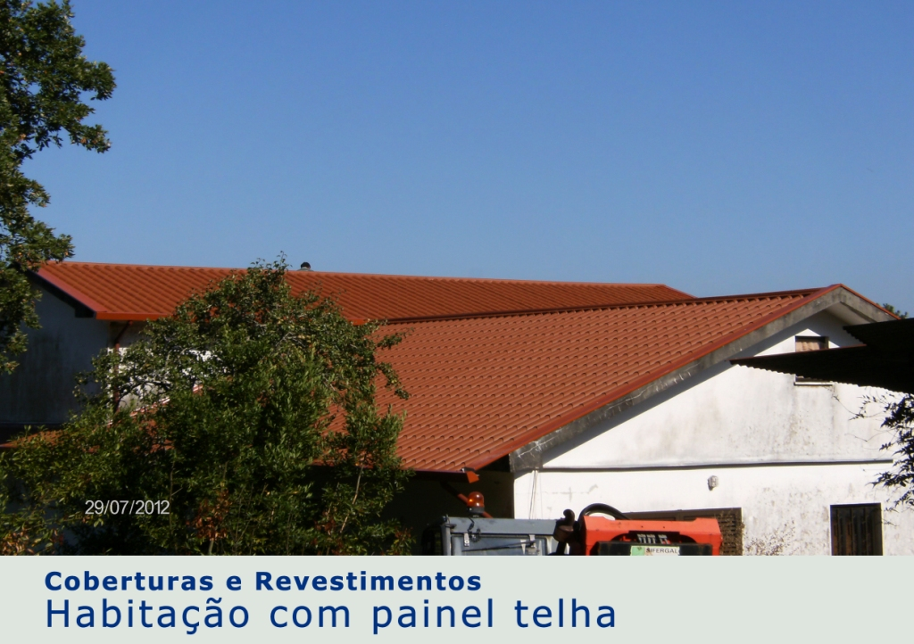 Habitação com painel telha