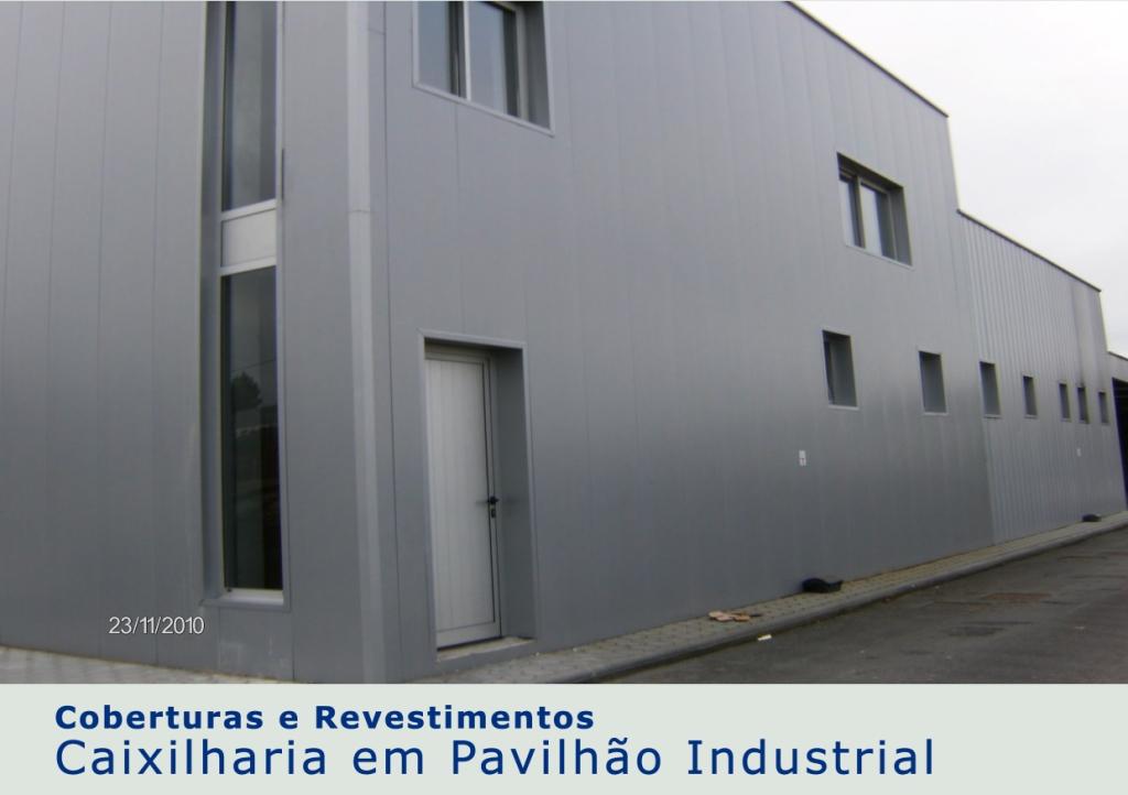 Caixilharia em Pavilhão Industrial